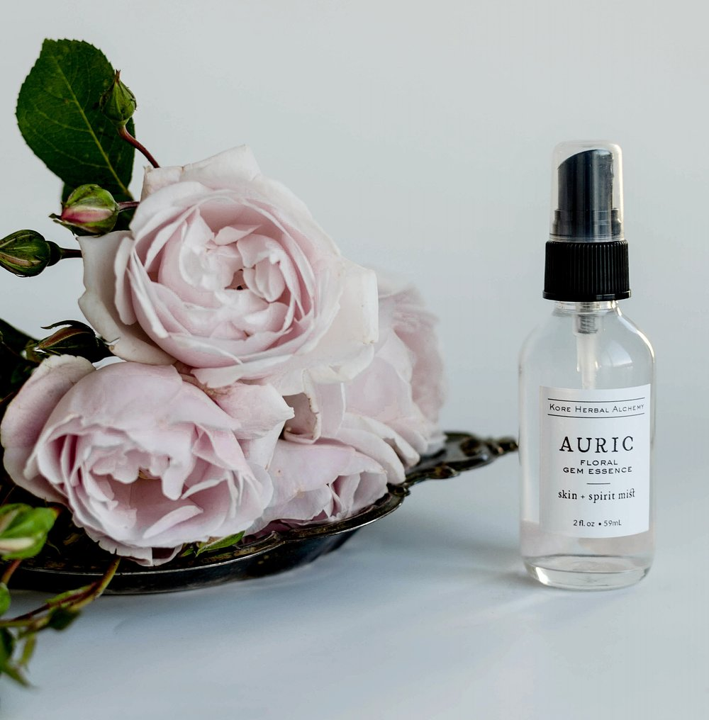 auric roses