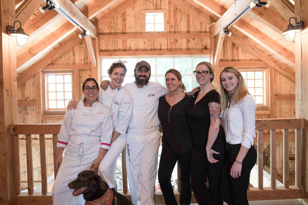 Thanks to DOBODO EVENTS amazing staff, to Estée you are amazing!! We love having you!! and my sister chef, and health coach Jessica Rodriguez Palazuelos for her magic hands in the kitchen.  Johnny Robson great pictures!! =D P' You da best of All!