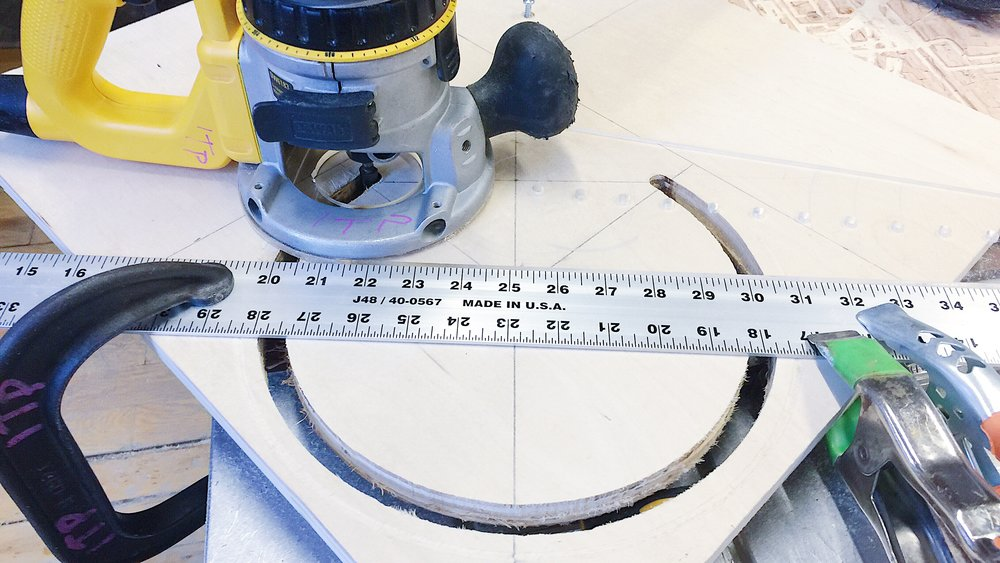 use clamp to mount the ruler