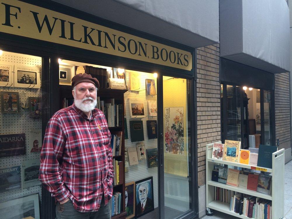Rick Wilkinson, célèbre les lieux étroits et les idées larges
