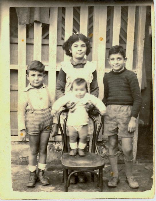 Quels destins pour ces quatre enfants pauvres? ( collection personnelle )