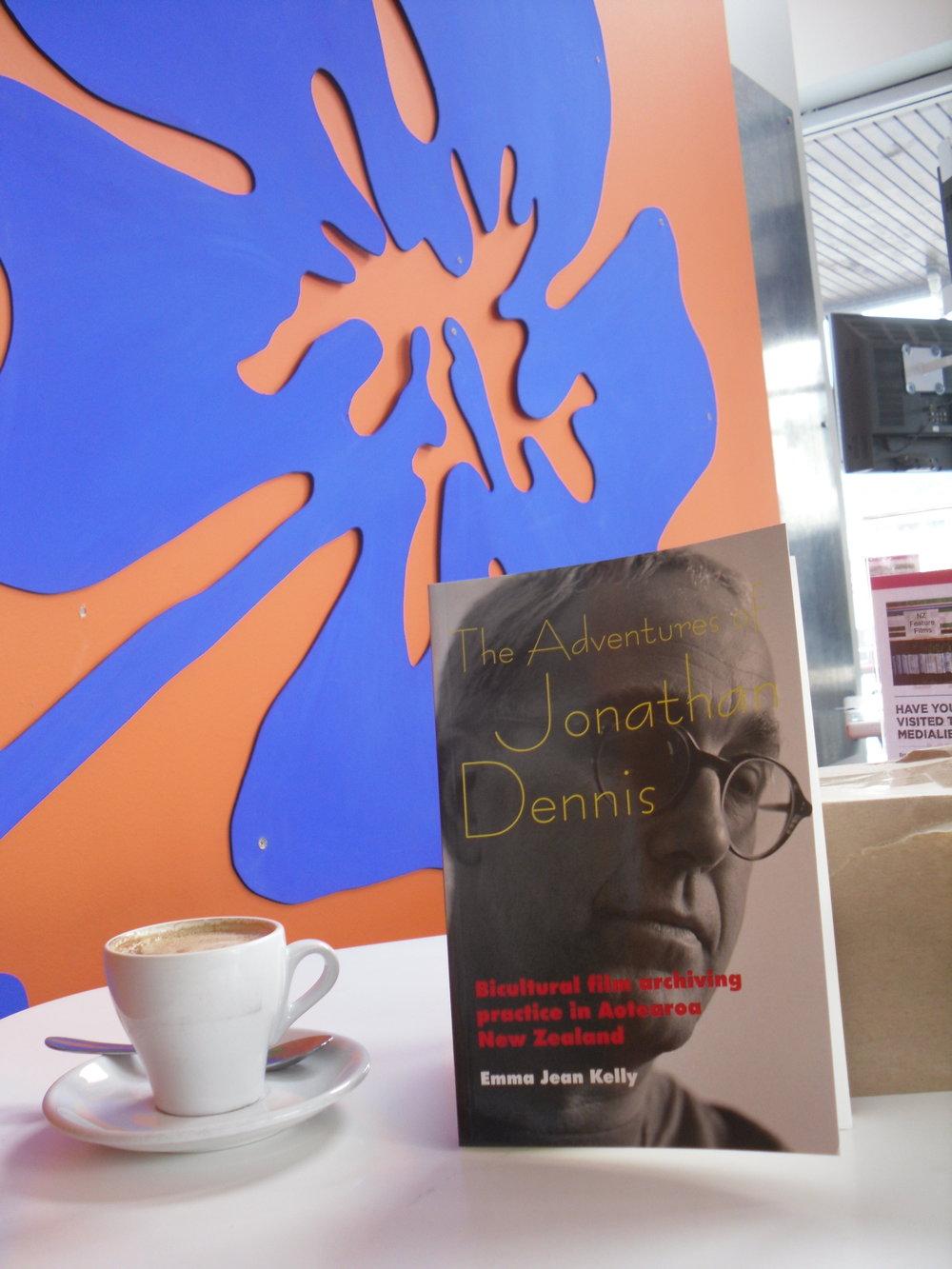 The Adventures of Jonathan Dennis  , par Emma Jean Kelly