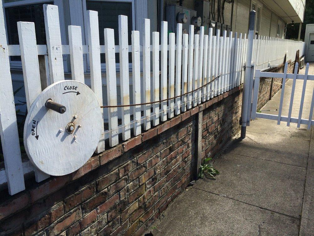 Une solution low-tech durable et frugale en énergie pour l'ouverture de son portail