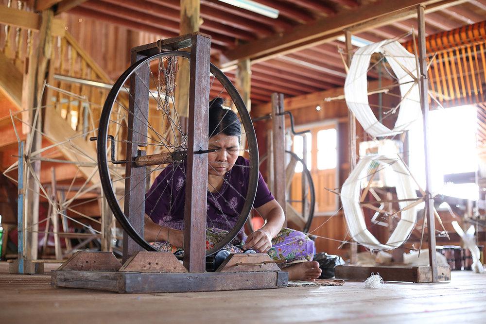 silk-weaver-in-Inle-lake-Myanmar.jpg