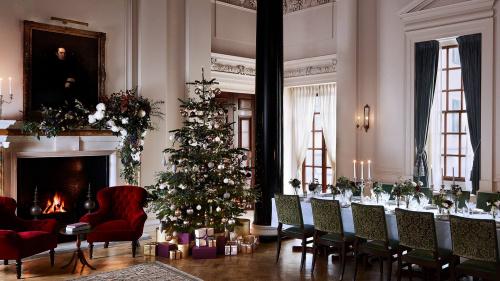 the_ned_christmas_1-500.jpg