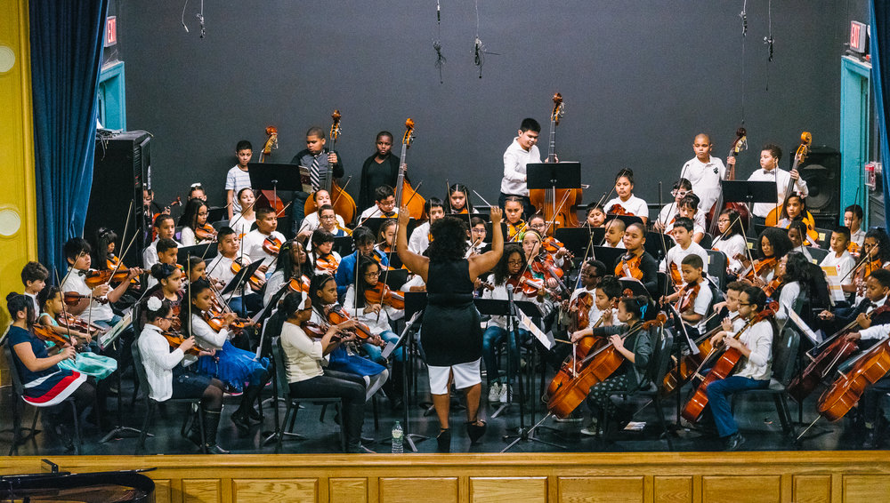 The full P.S. 91x Orchestra playing together.