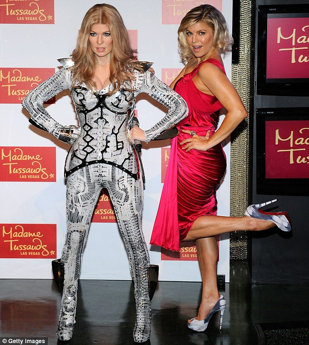 FERGIE  Madame Tussauds Las Vegas Sitting Sculptor - Dave Gardner Figure Photographer - Mel Brown Copyright - Merlin Magic Making