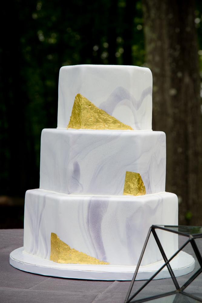 COLUMBUS WEDDING PHOTOGRAPHERS, BEST WEDDING PHOTOS IN COLUMBUS, WEDDING CAKES
