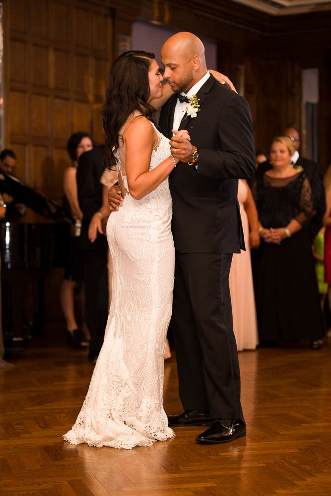 WEDDING PHOTOGRAPHERS COLUMBUS OHIO, WEDDING PHOTOS IN COLUMBUS, BEST PHOTOGRAPHY OHIO