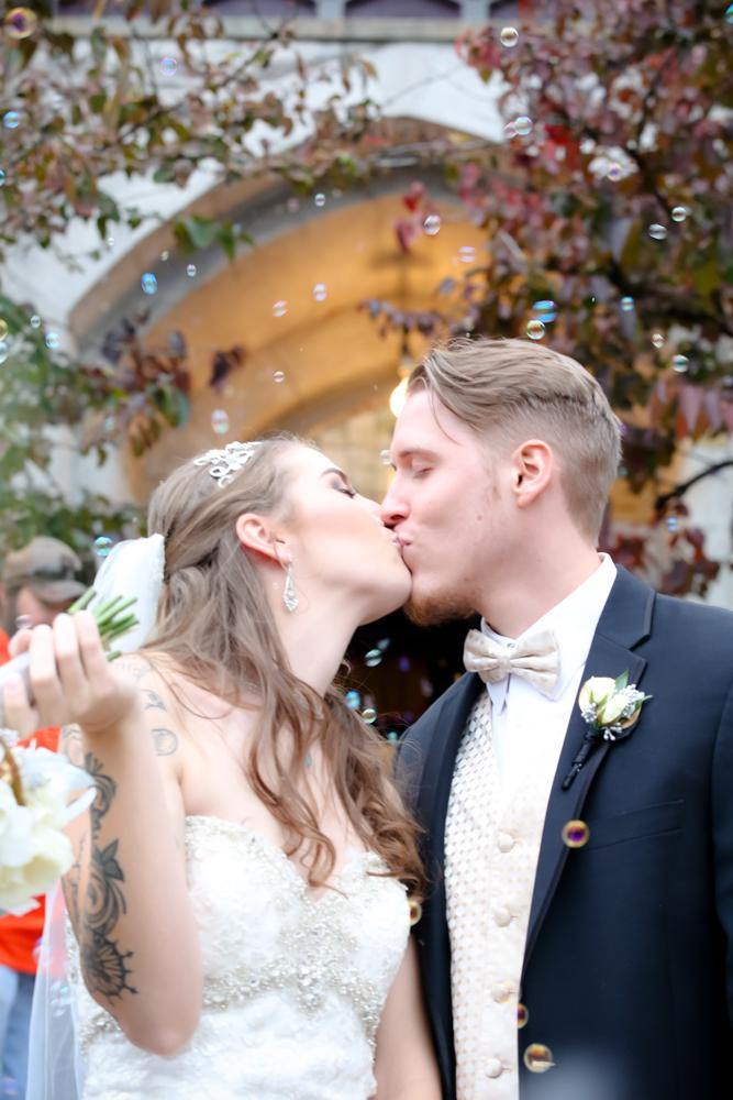 COLUMBUS WEDDING PHOTOGRAPHY, COLUMBUS WEDDING PHOTOS, WEDDING PHOTOGRAPHERS COLUMBUS OHIO