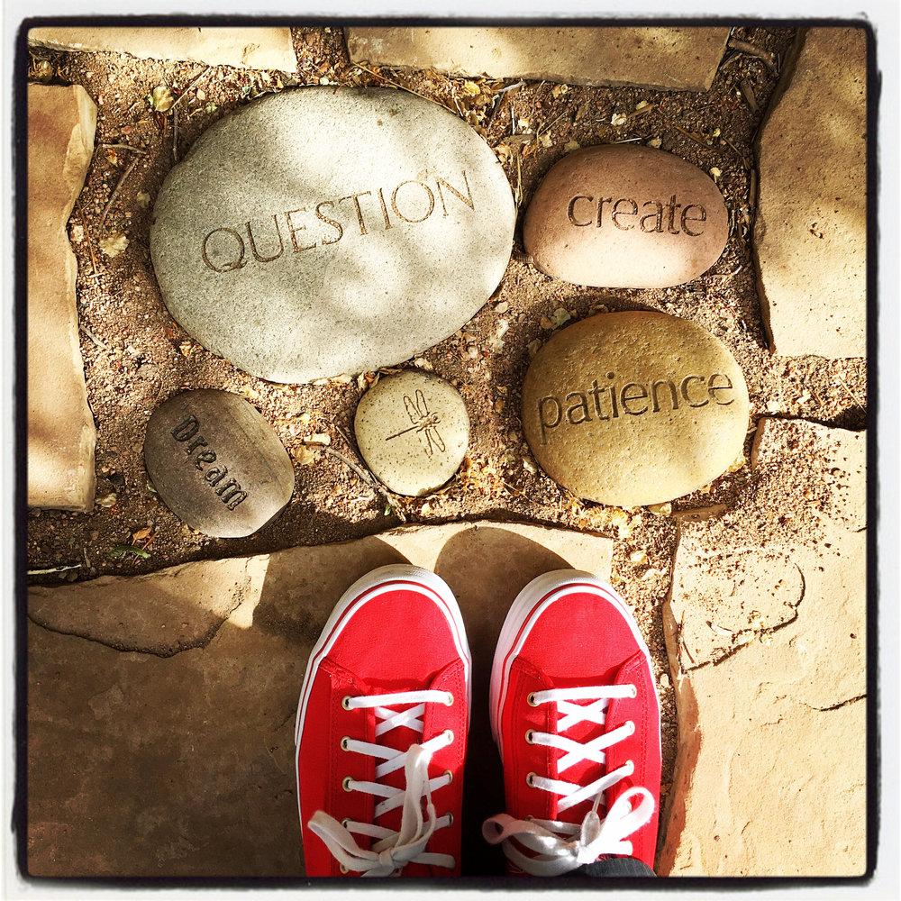 redshoessfe