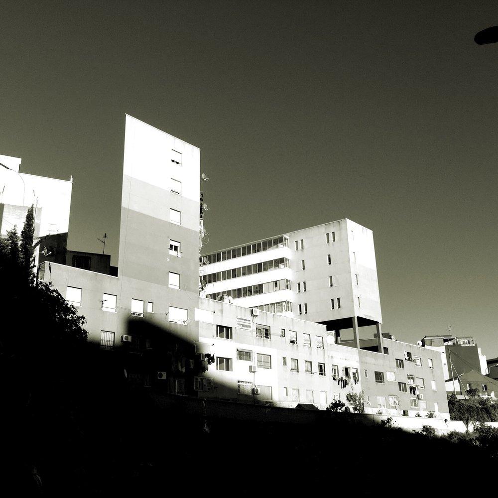 🅦 30 social dwellings, calle Argentina, Ceuta (Spain) 2004