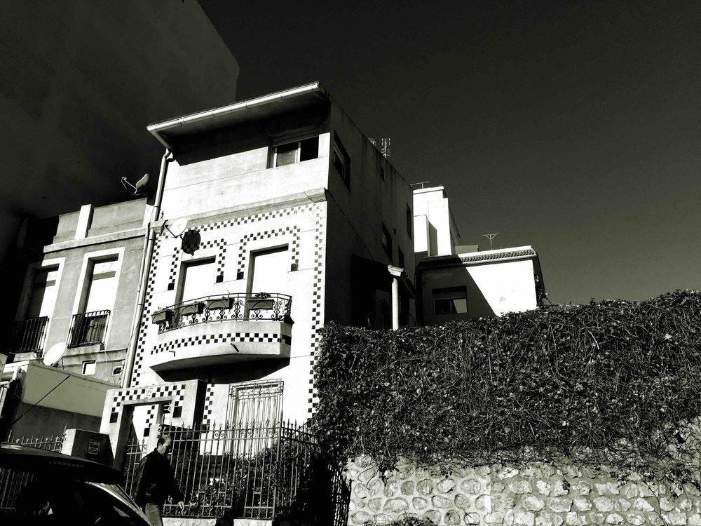 🅦 2 apartments, av. Africa, Ceuta (Spain) 1997