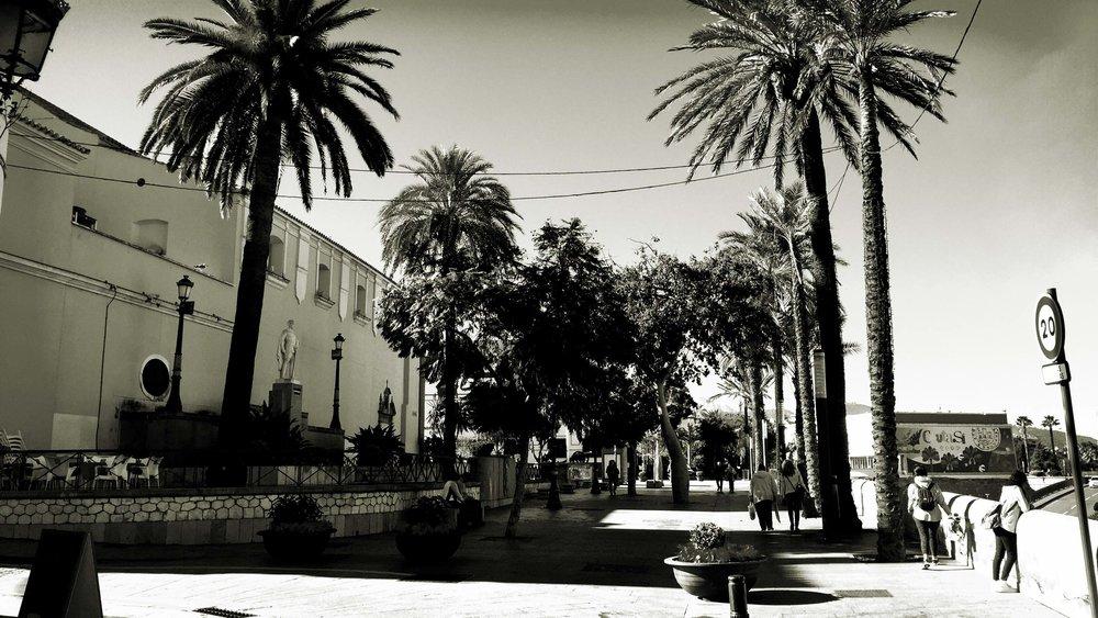 lateral de la calle Edrisis que dejará de ser peatonal