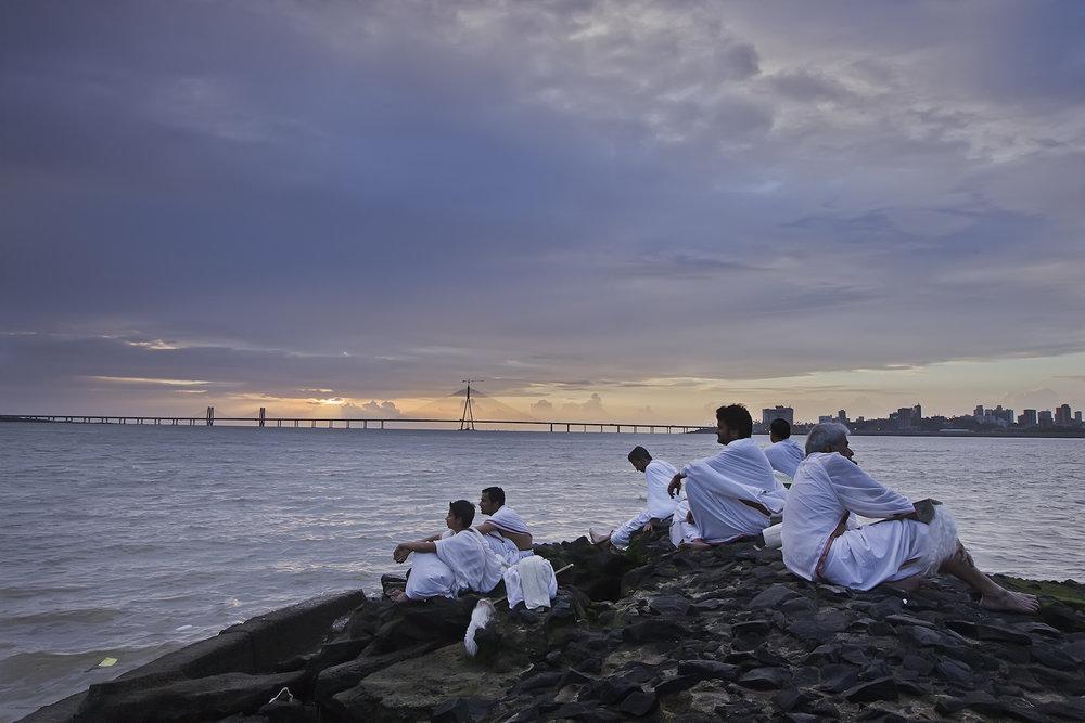Navio de Teseu, Anand Gandhi, 2013