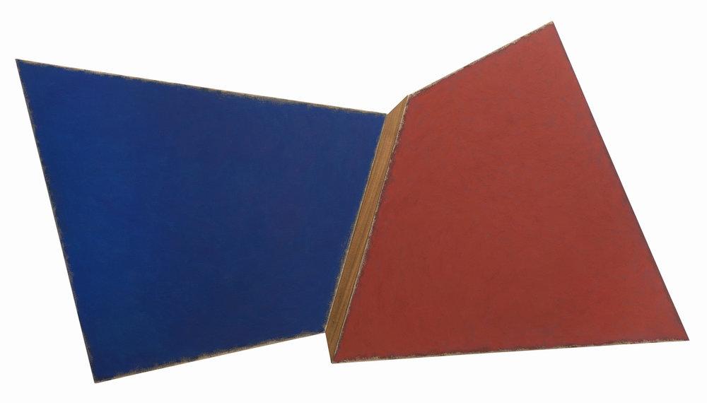 O mineiro Manfredo de Souzanetto envolve geometria e cores quentes em processo pictórico