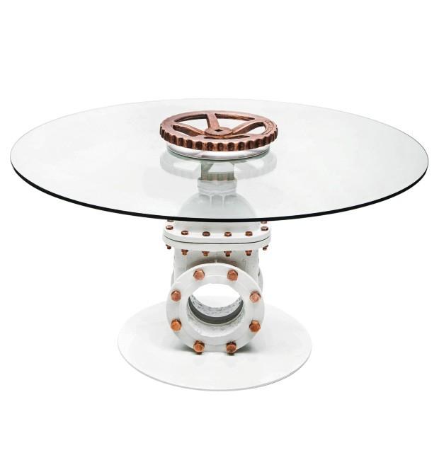 Leo Capote, mesa de jantar Registro, resgate a usados e reutilização com novas funções