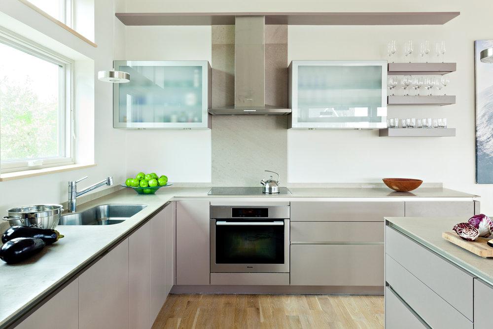 hyannis_kitchen.jpg