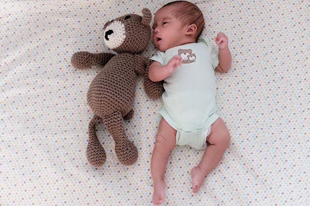Ugh! My heart! 😩💜 I love getting pics from happy customers. Especially these ones. 😍👉🏽 The request for these teddy bears was to make them the length of the kiddos when they were born so that way mom & dad can track their growth in pics. 🐻👶🏽 Fun Fact: Aside from length specifications, these teddies also have the baby's initials stitched on, so each teddy is specific to each baby. 💜 (📸: @joes_def) • • • • #MadeByMeeeshh #handmade #crochet #crochetlife #crochetaddict #crochetersofinstagram #crochetlove #ilovetocrochet #diy #maker #smallbusiness #smallshop #amigurumi #teddybear #stuffedanimals #toys #baby #triplets