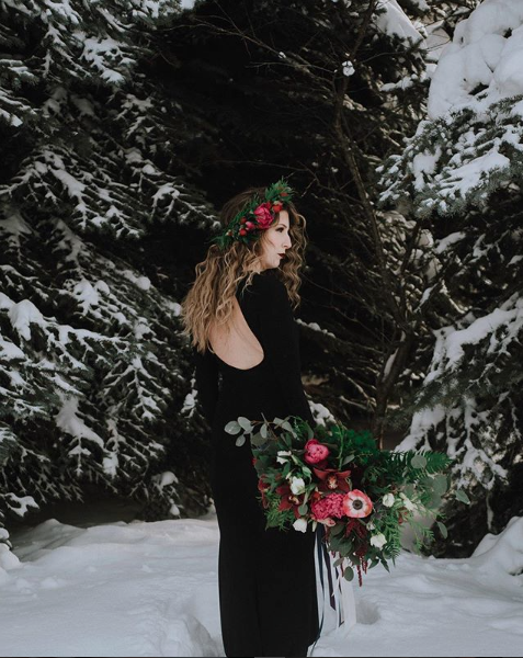 Photography by Kara Hockley. Florals by MJ's Floral Boutique. Makeup by Candace Janisch. Modelling by Lauren Rousson