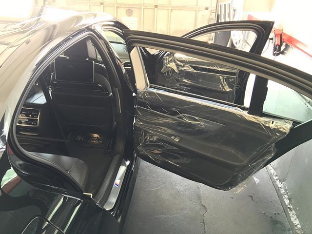 The price of the car shouldn't change the quality of an install! Protect at all times! #beachcitytint #redondobeach #manhattanbeach #hermosabeach #elsegundo #southbay #windowfilm #wrap #ppf #qualityoverquantity #inthefilmbusiness