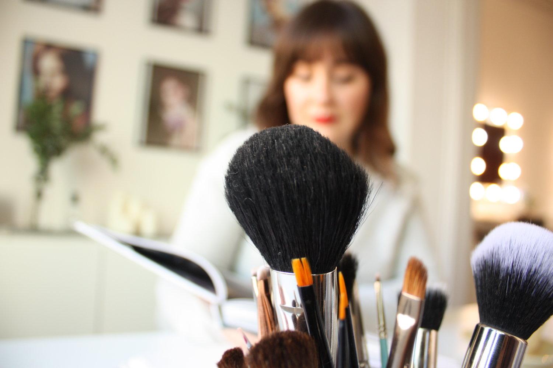 38359d0af Glow Makeup Barcelona - Skype Sesiones