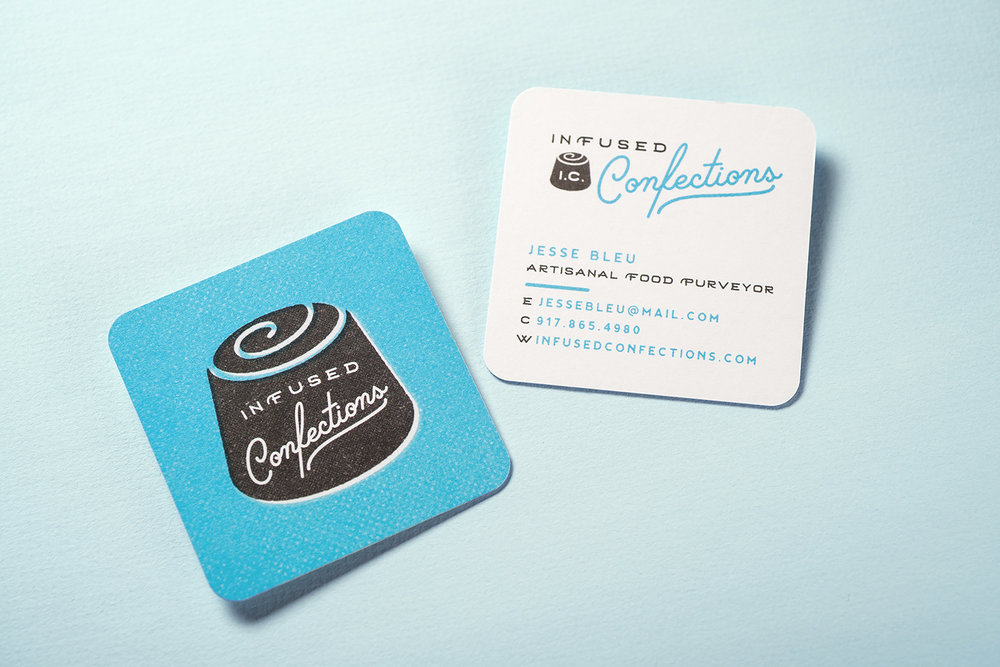 BUSINESS CARDS | PRINTED ON HEAVY STOCK WITH A BLUE SIDE STRIPE