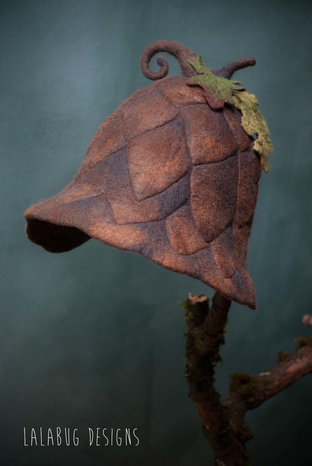 acornhat-2.jpg