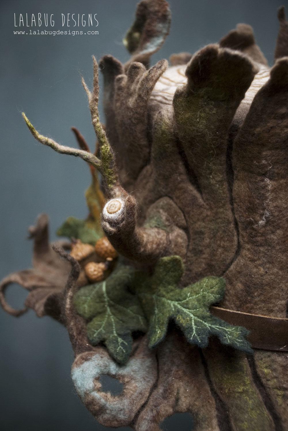 werifesteriatophat-acorn1.jpg