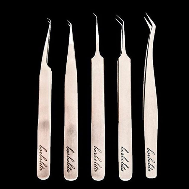 You know you are obsessed with lashes if you get this excited (🤗😝✨💃🏻) for new LASH TWEEZERS 😂😂😂 Can't wait to get my hands on these!!!! #borboletabeauty @borboletabeauty