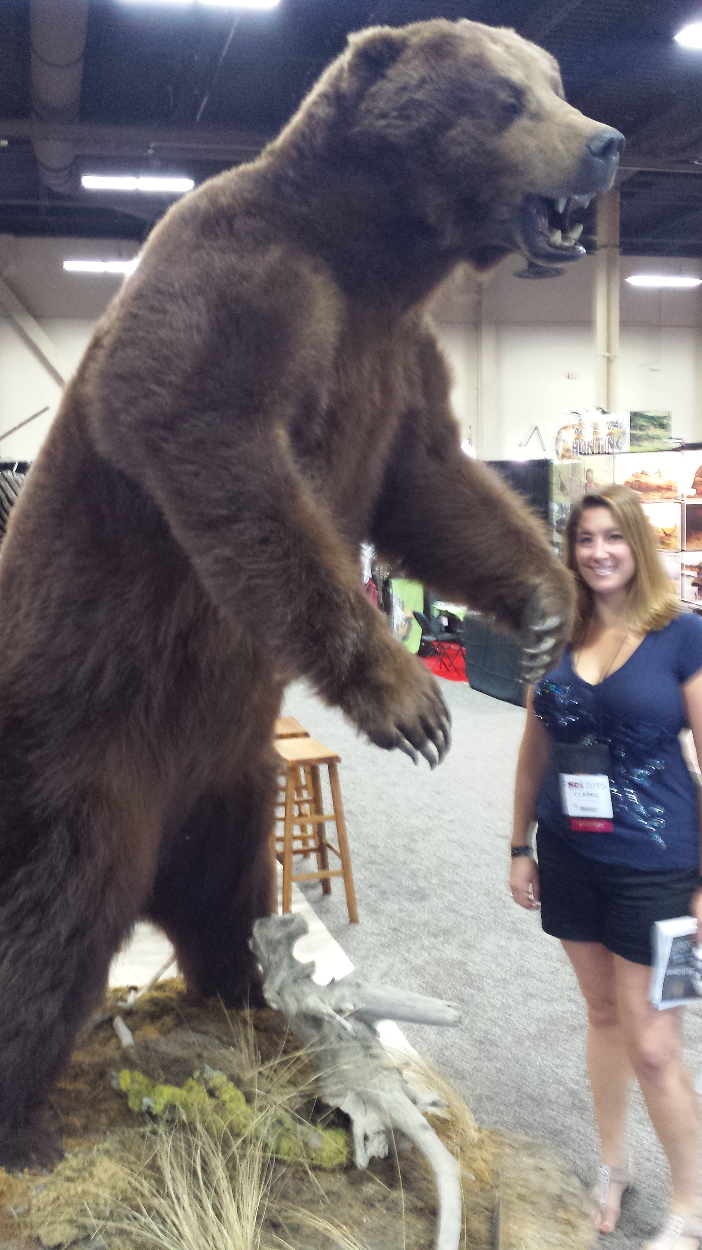 Huge Grizzly Bear at Safari Club International Convention REMEMBERING MY FIRST TIME………AT THE SAFARI CLUB INTERNATIONAL LAS VEGAS CONVENTION https://reelcamogirl.wordpress.com/2015/02/17/remembering-my-first-time-at-the-safari-club-international-las-vegas-convention/