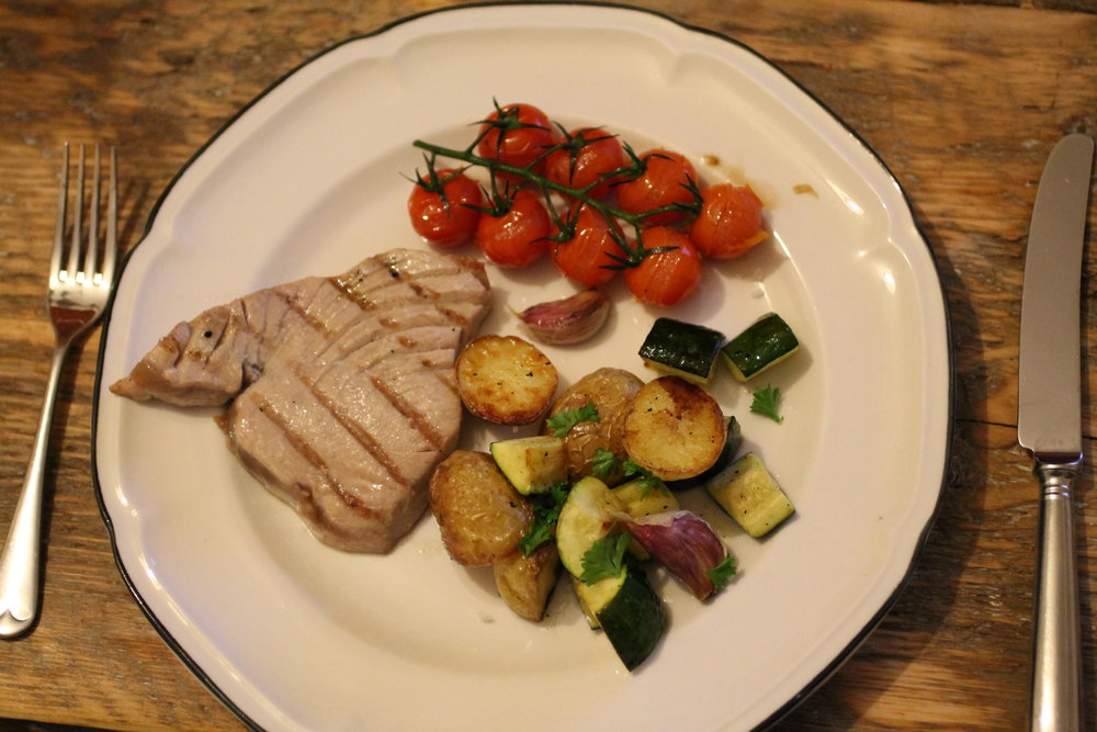 seared-tuna-with-roasted-veggies-1.jpg