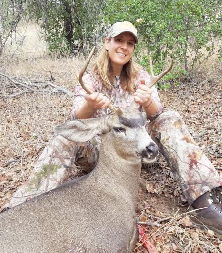 2016 San Diego County Mule Deer  Connect With Lauren:  Facebook ,  Instagram