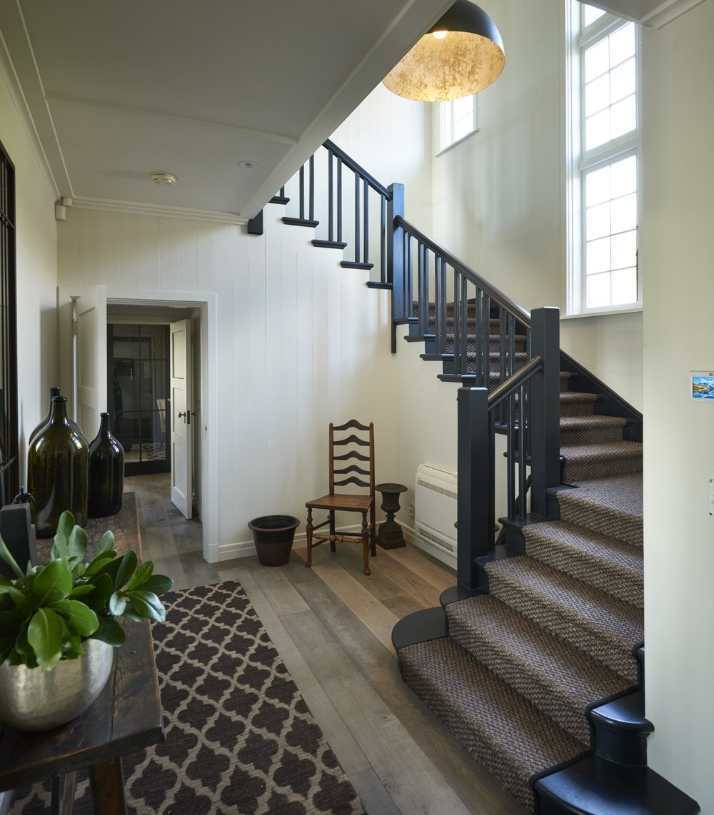 Entrance + Stairwell