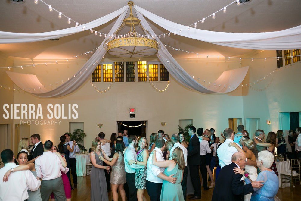 759-160924-emily-steve-wedding-Sierra-Solis-Photography.jpg