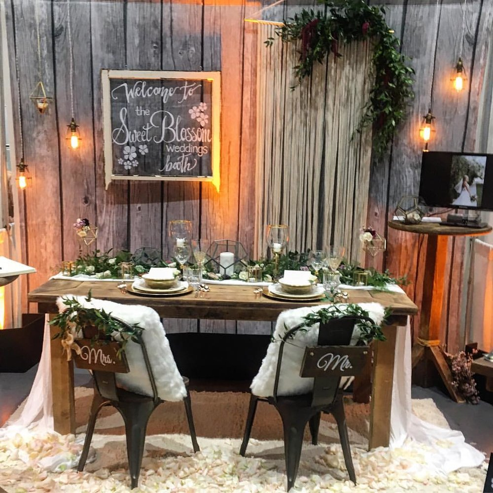 Sweet Blossom Weddings Industrial Chic booth at the San Diego Bridal Bazaar