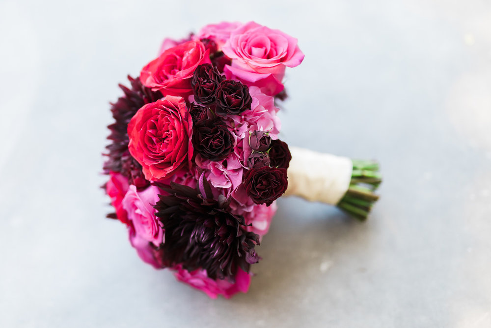 Tight Bouquet - Florist: Organic Elements Photo by: Alex W Photography