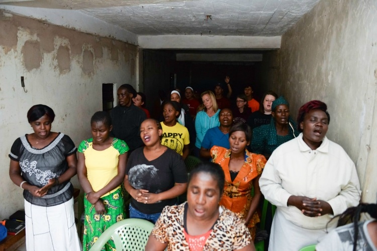 kenya-artisan-group-church.jpg