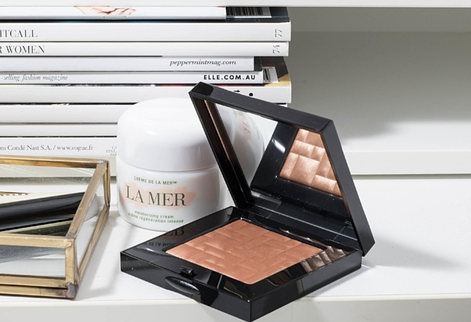 Bobbi Brown Highlighting Powder in Bronze