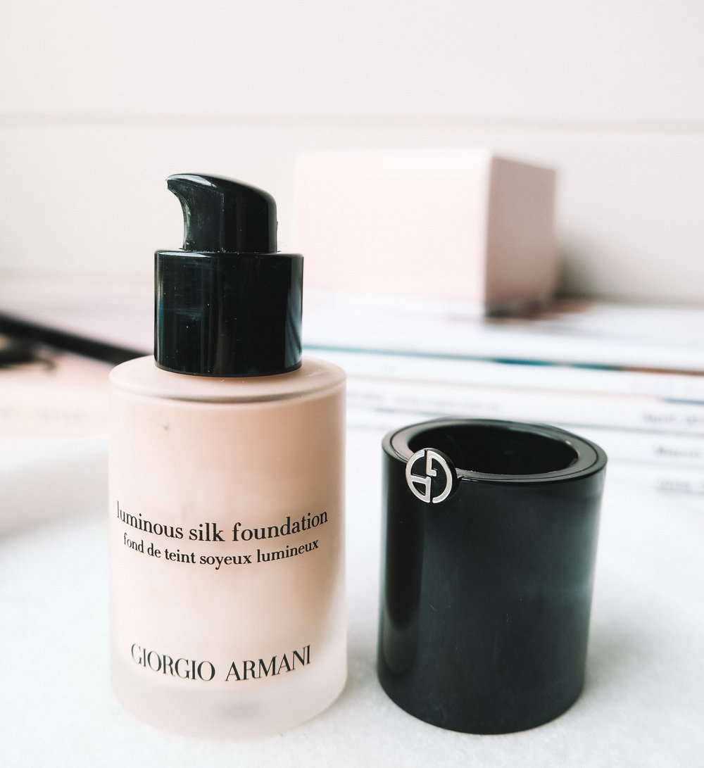 Giorgio Armani Foundation Mini Review Image 2 | Izzy Wears Blog