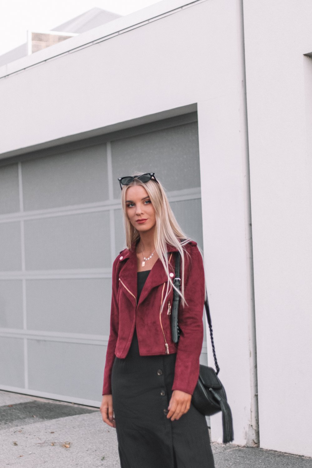 Elabelz Red Jacket - Izzy Smith_3.JPG