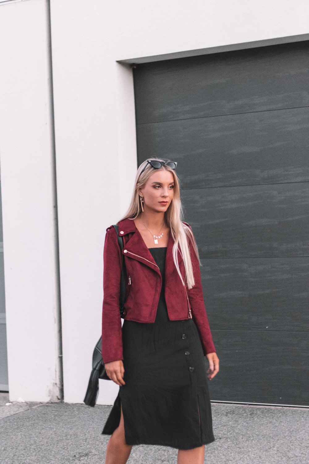 Elabelz Red Jacket - Izzy Smith_5.JPG