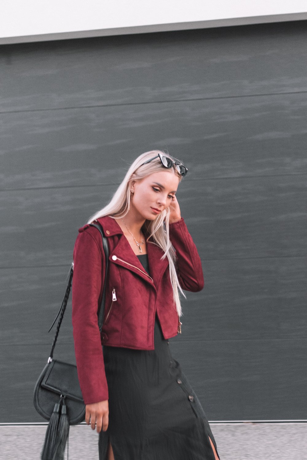 Elabelz Red Jacket - Izzy Smith_6.JPG