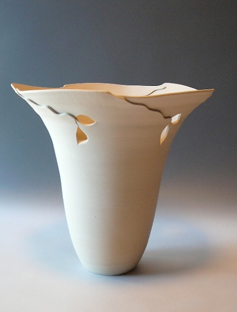 Nancy Q cut rim vase.jpeg