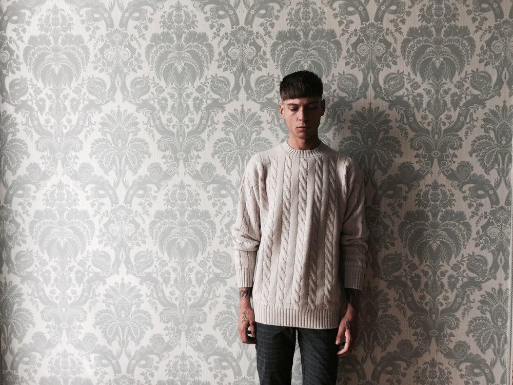cross-cashmere-cable-knit-haze-scottish-heritage-contempoary-design-william-lockie-lynne-mccrossan.jpg