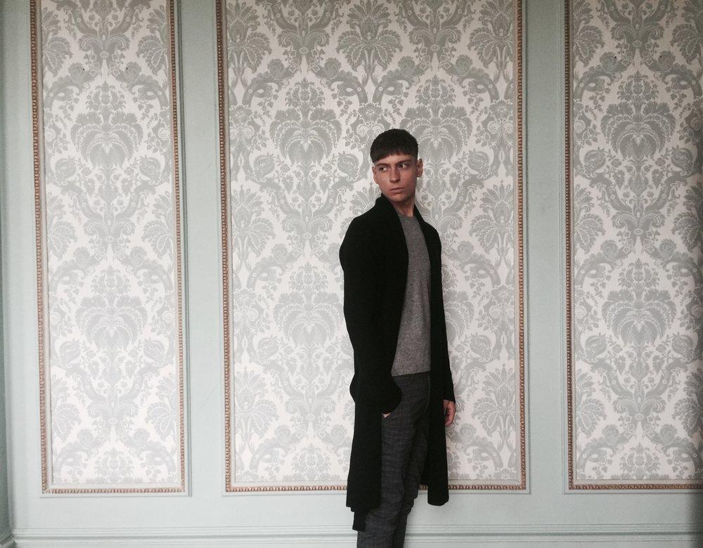 cross-cashmere-contempoary-heritage-lynne-mccrossan-william-lockie.jpg