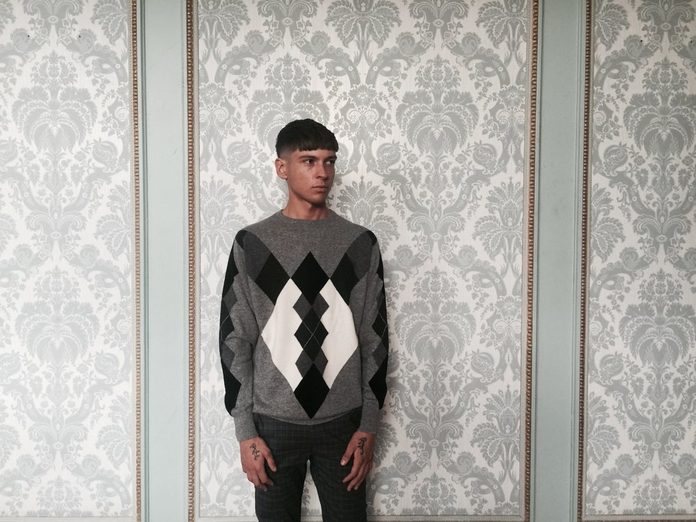 cross-cashmere-argyle-lynne-mccrossan-contempoary-heritage-william-lockie.jpg