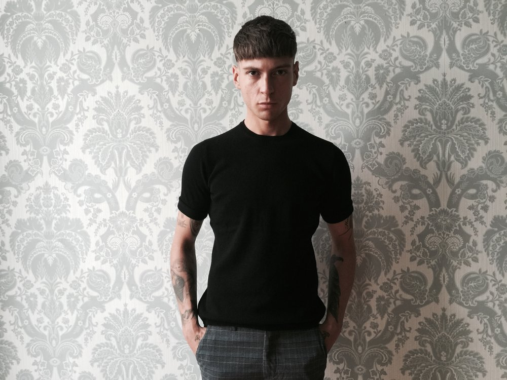 cross-cashmere-knitted-t-shirt-black-lynne-mccrossan.jpg