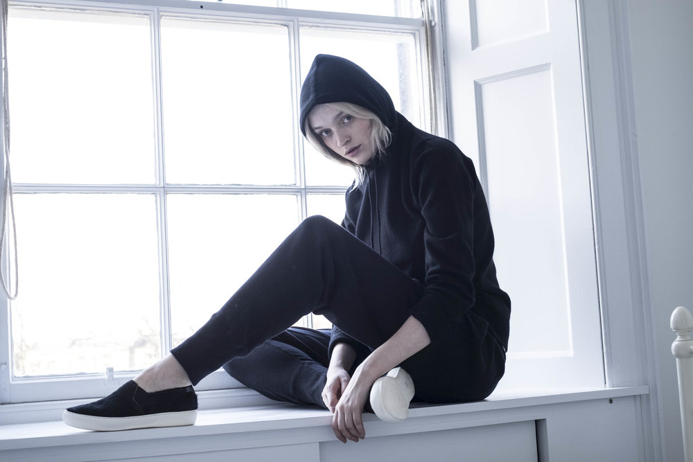black-cashmere-hoodie-scottish-cashmere-cross-cashmere-lynne-mccrossan.jpg