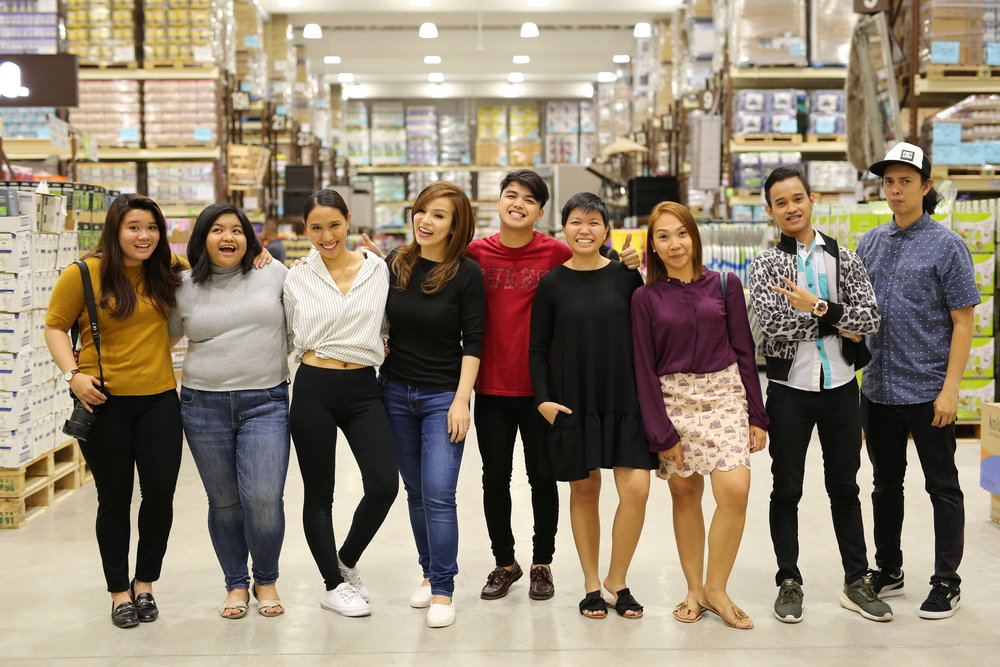 Joy (our BTS videographer), Kyla (our accounts intern), me (director/cinematographer, editor), Grace of The Spoiled Mummy, Landers crew, Abby of The Spoiled Mummy, our sounds guy and Kuya Rani (our other cinematographer)